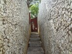 A narrow passage inside the Rock Garden, Malampuzha